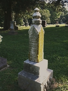 Grave of Cecil's sister Ivy Crawford (1891-1892)